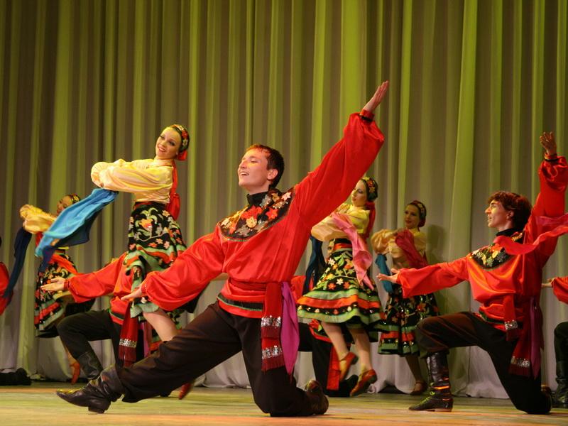 Русский народный танец впечатляет!
